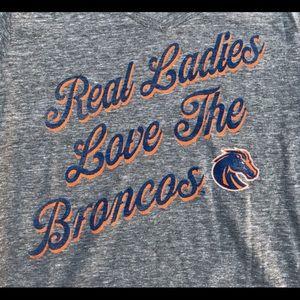 Boise State Broncos Ladies V-Neck T-Shirt Lg